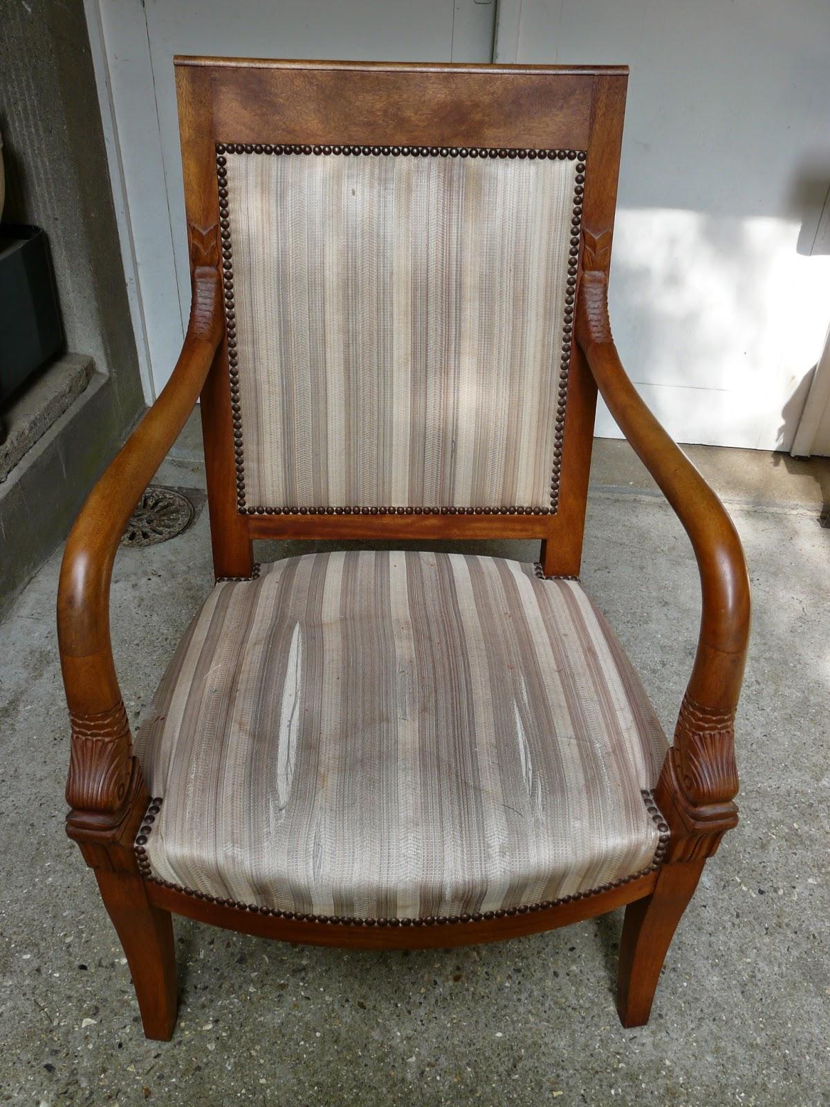 le siege dans tous ses etats fauteuil de style restauration. Black Bedroom Furniture Sets. Home Design Ideas