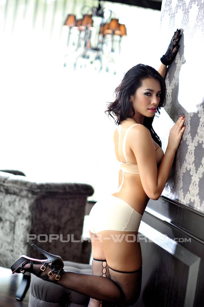 Foto Suchi Rama Dhani Model Majalah Popular