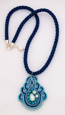 sutasz naszyjnik wisiorsoutache pendant necklace 23a