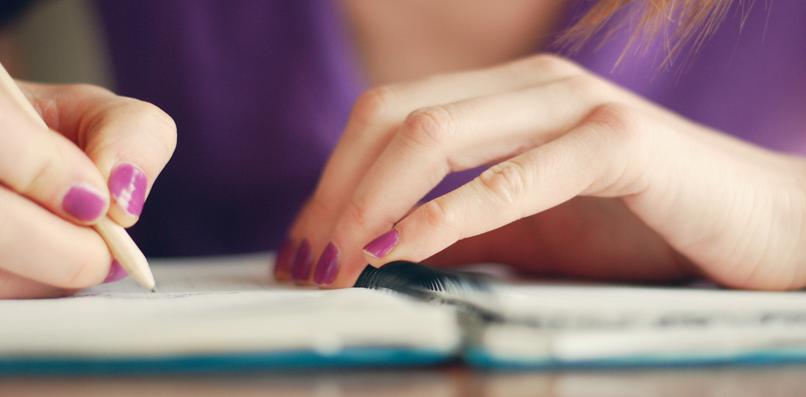 Contoh Diary Bahasa Inggris dalam Kehidupan Sehari Hari dan Artinya