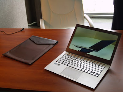 The Asus Zenbook UX31 is one of the first laptops toconform to Intel's ...
