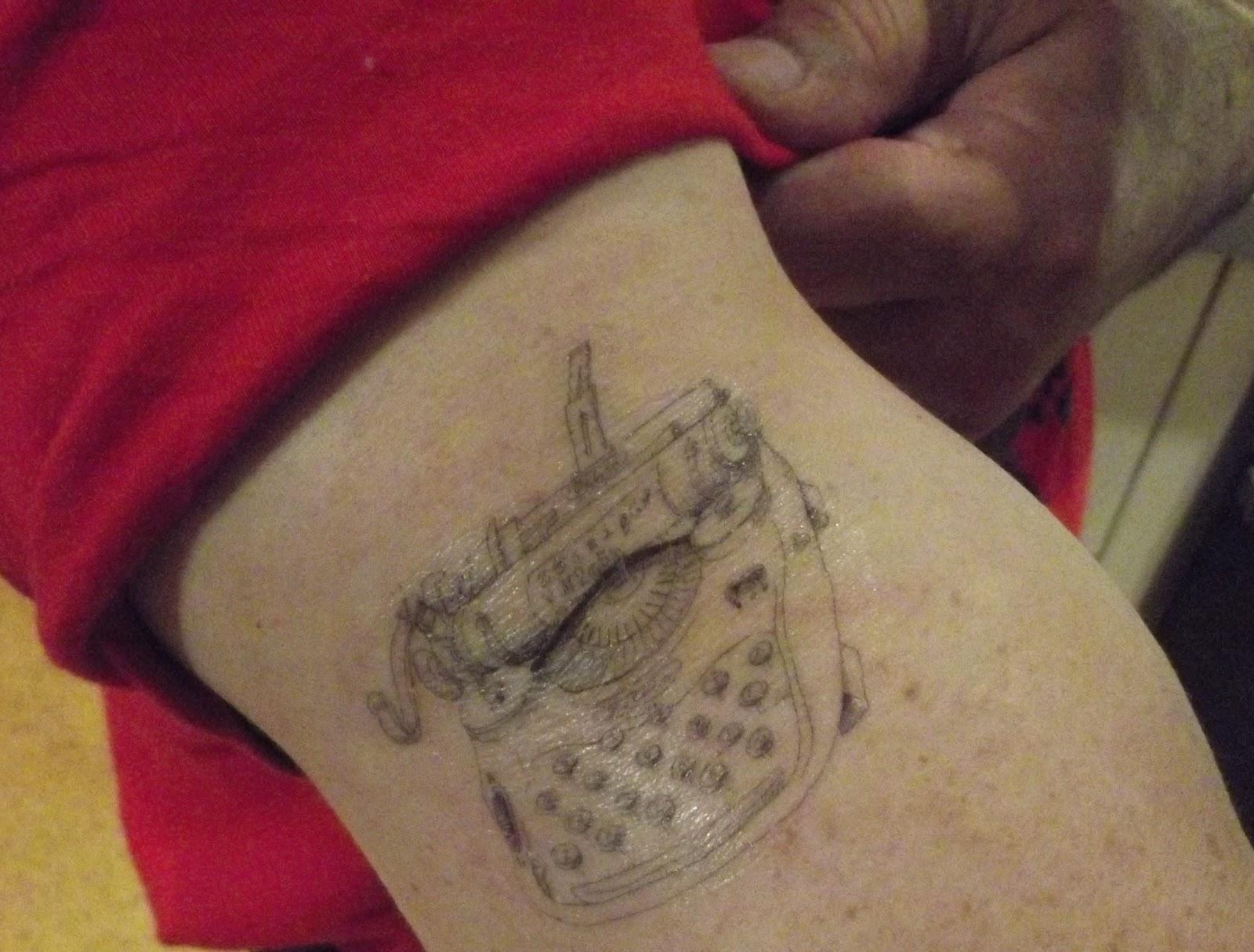 http://2.bp.blogspot.com/-o5ZKo6g8HJU/T0jBI-NKReI/AAAAAAAANO0/EvlakHHmPiw/s1600/Tattoo+004.JPG