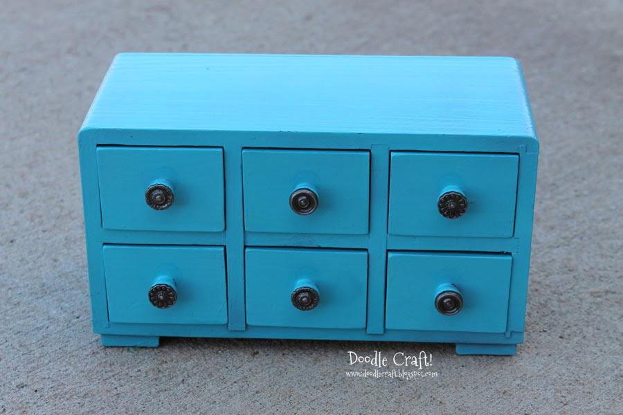 doodlecraft.blogspot.com/2014/01/aqua-mini-apothecary-cabinet-update.html