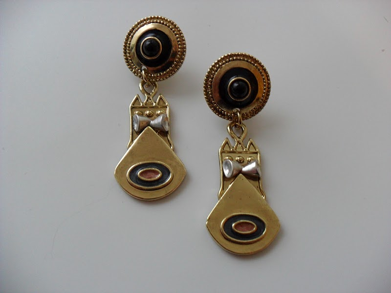 When I First Saw These Earrings My Honest Opinion Was That They Were Kinda Ugly Also Never Them As Being Style Have Seen A Few Pictures And