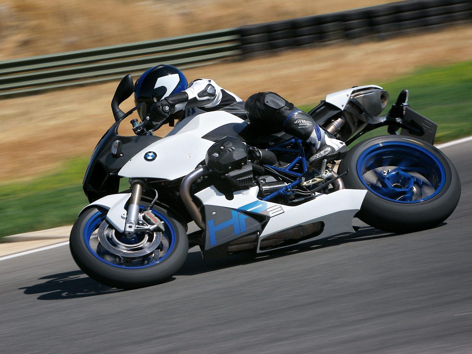 http://2.bp.blogspot.com/-o5nO_B1spGE/Tku5c76KFaI/AAAAAAAACoA/1p-k4uZJCz4/s1600/gambar_motor_bmw_HP2_Sport_07.jpg