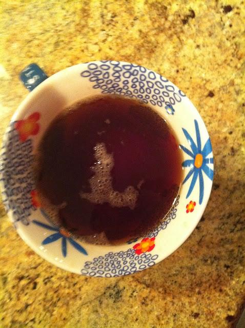 L written in tea bubbles