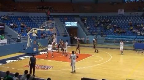 Kobe Paras slam dunk