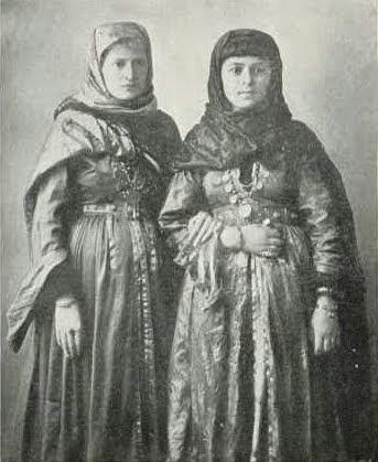 Juhur Imuni (Mountain Jews) girls of the Caucasus, 1913