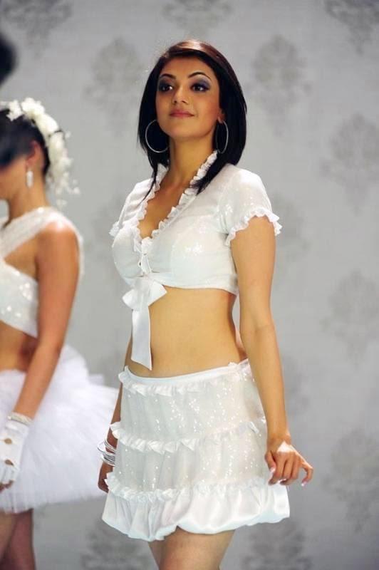 Actress Hot Images: Kajal Agarwal Hot Boobs Clevage Navel Show