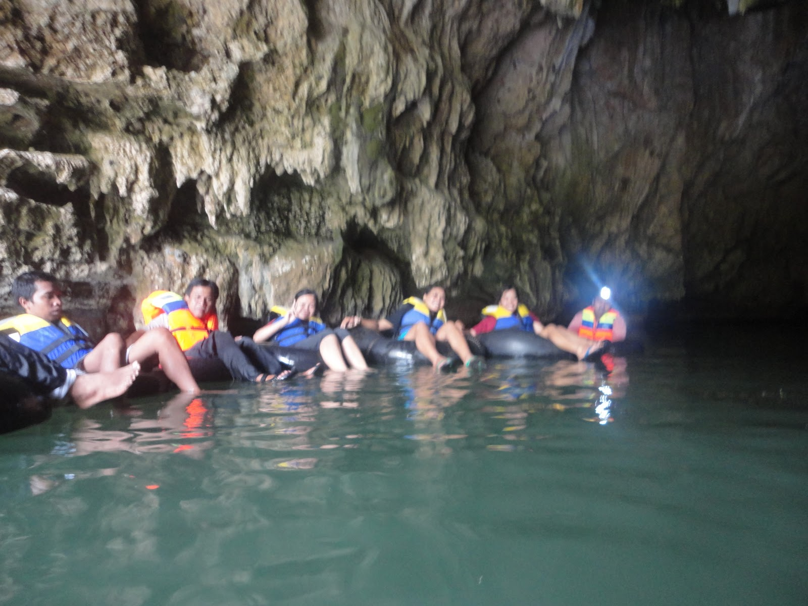 cave-tubing-caving-body-rafting-di-jogja.JPG