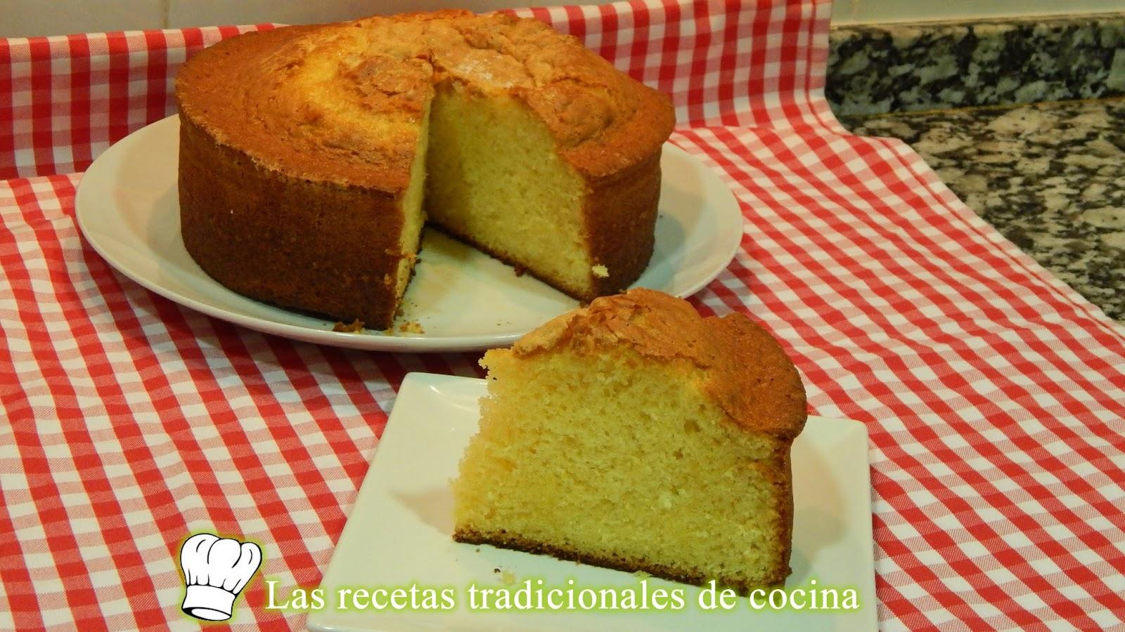 Receta de bizcocho esponjoso de yogur recetas de cocina for Bizcocho limon esponjoso