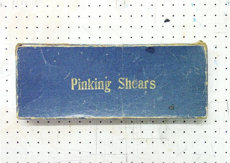boxed pinking shears