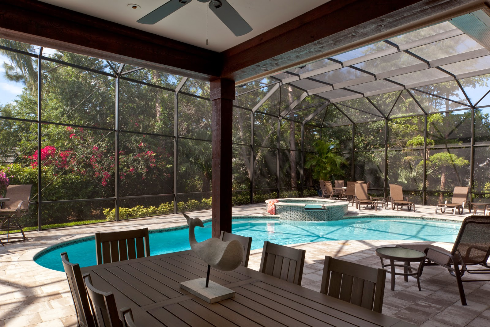 Bcbe construction llc upgrade your pool outdoor lanai for Pool lanai cost