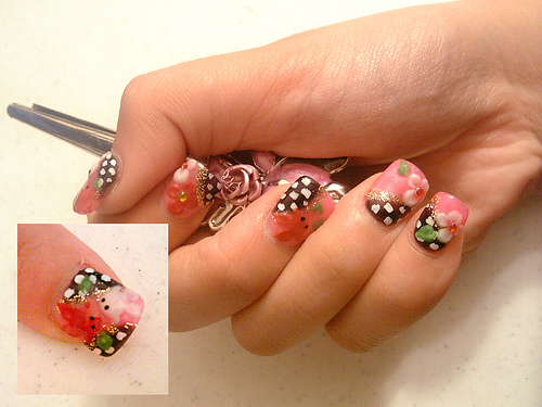 valentine nail designs. Hello Kitty Nail Designs.