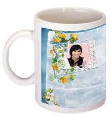 Contoh desain foto gelas atau mug