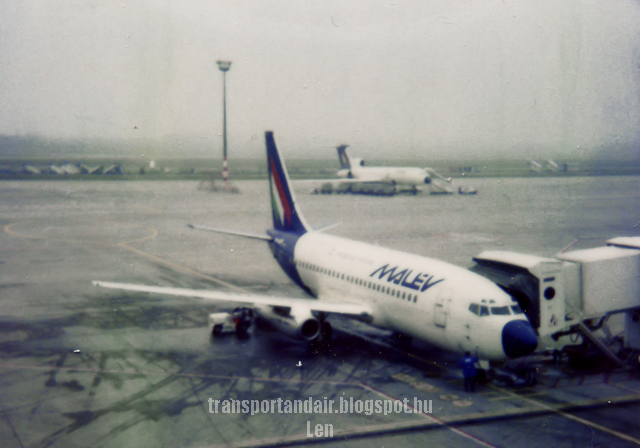 Malév Boeing 737-200 Ferihegy Airport  taransportandair.blogspot.hu   -Len-