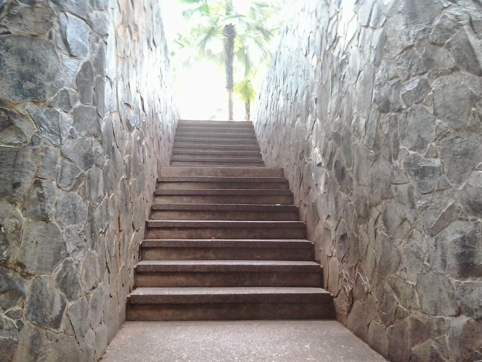 Suatu tangga di Universitas Gunadarma