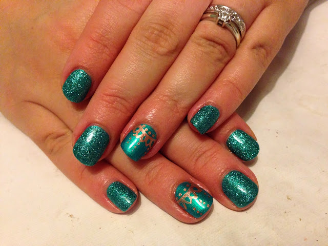 CND Shellac Christmas Nail Art - #9 Turquoise Trinkets Brush up and Polish up!: CND Shellac Christmas Nail Art - #9 Turquoise Trinkets - 웹
