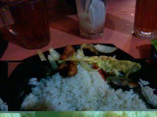 nasi putih telur dadar, masakan yang cepat dan pantas, 3 minit siap
