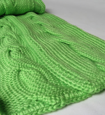 Yarn Obsession: Knit Cabled Scarf Pattern