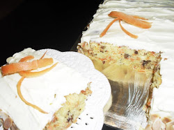 CARROT WALNUT WITH CREAM CHEESE