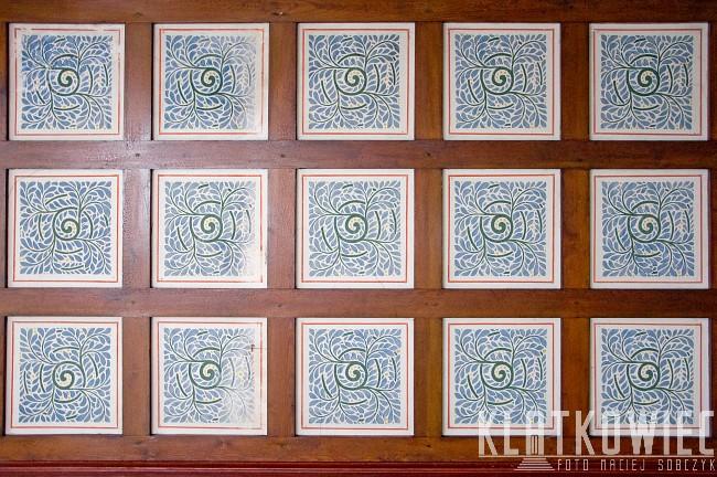 Sopot: drewniany sufit z malowidłami