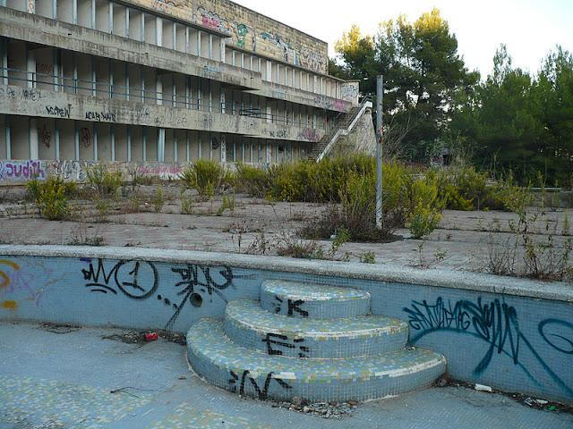 Forgotten and magic places las grandes piscinas for Piscina olimpica madrid