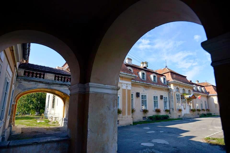 Pogány-kastély, Poklisa, Sáromberke, Teleki-kastély, kultúra, magyarság, műemlékek, erdélyi kastélyok,