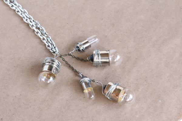 Bulb+necklace4