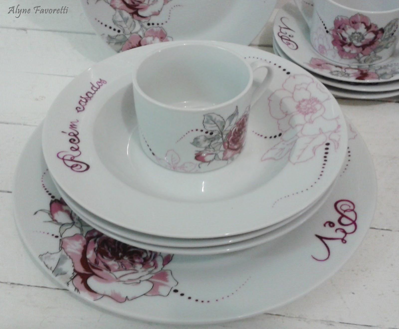 Favoretti: Aparelho de jantar com rosas personalizado para noivos #60434B 1600x1321