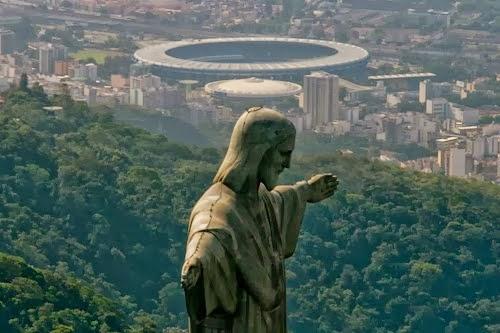 O CRISTO REDENTOR NO RIO DE  JANEIRO QUE LINDO