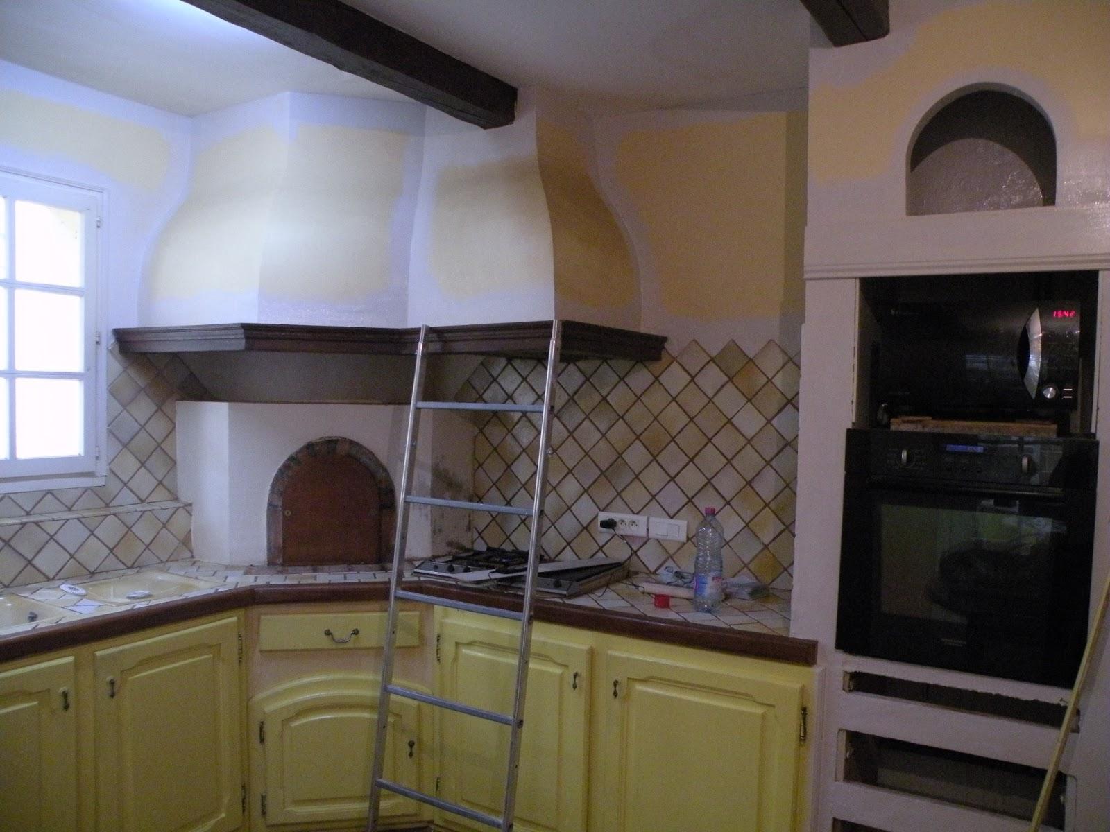 Changement de d cors la cuisine peinture mur et patine for Peinture mur de cuisine