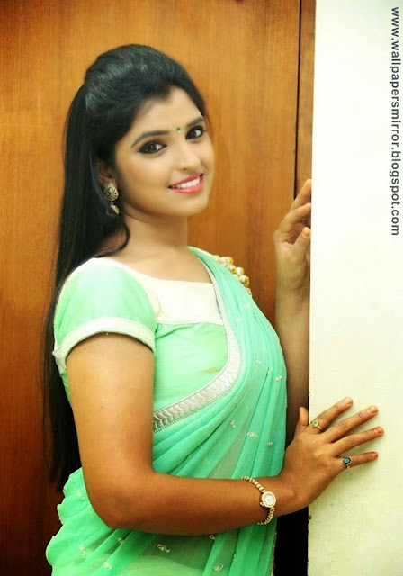 TV Anchor Syamala glam photo Stills