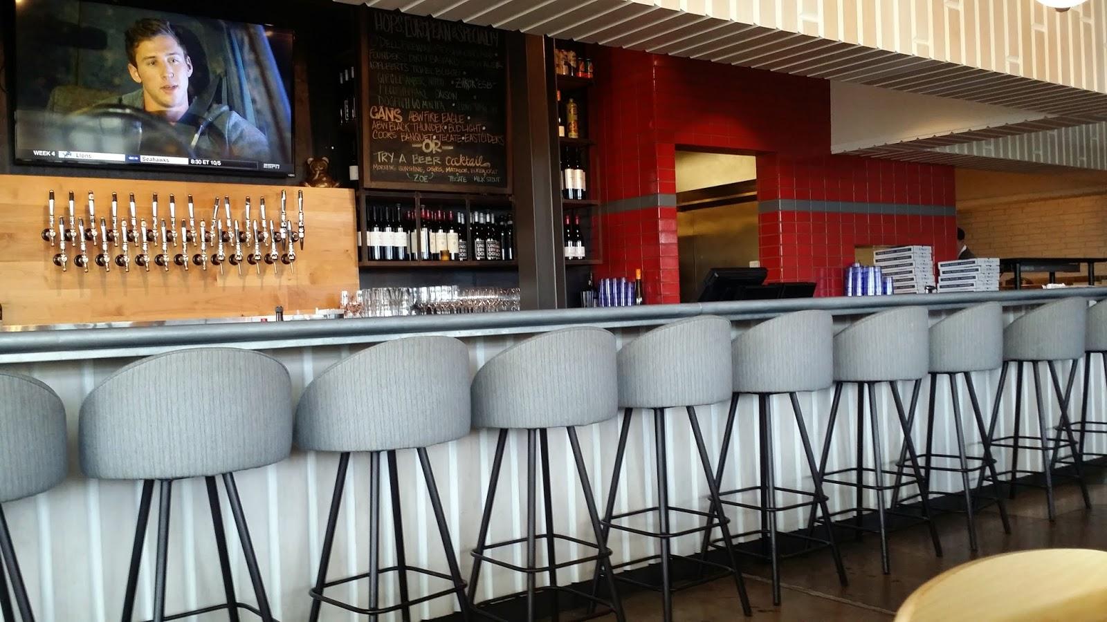 Pizza Quixote: Review: St. Philip Pizza Parlor & Bakeshop, Austin TX