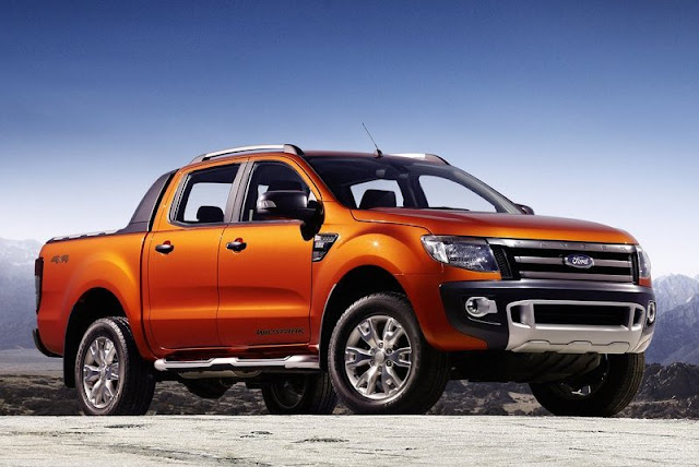 2012 Ford Ranger Wildtrak Front Angle View
