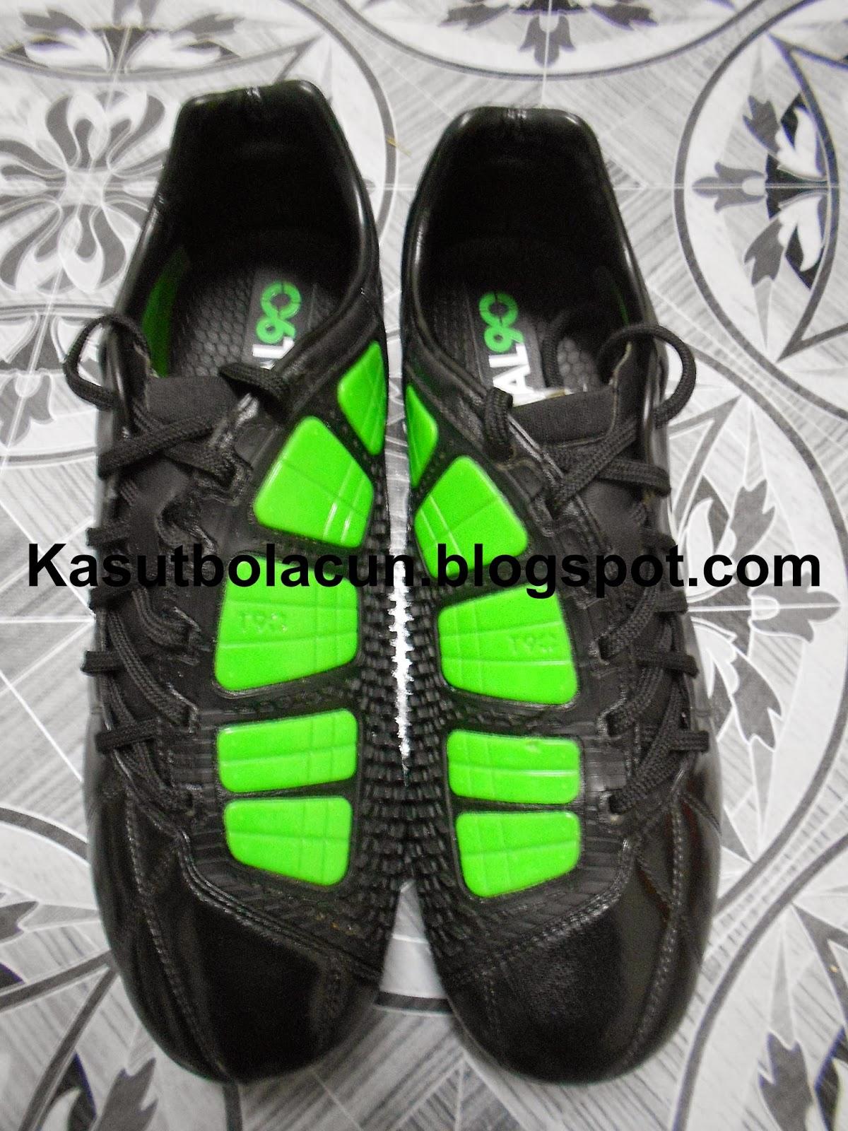 Nike Total 90 Laser 3 FG ELITE SERIES CARBON FIBER SOLEPLATE