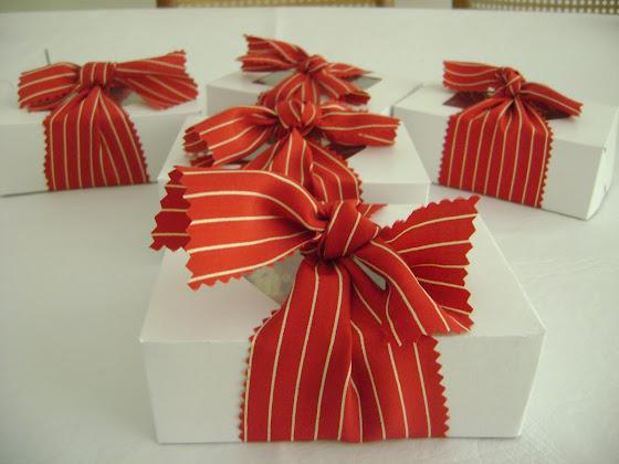 caixa kraft com 4 fita tecido listado