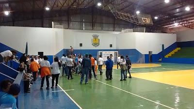 Alunos da APAE de Iretama participam de gincana em Roncador
