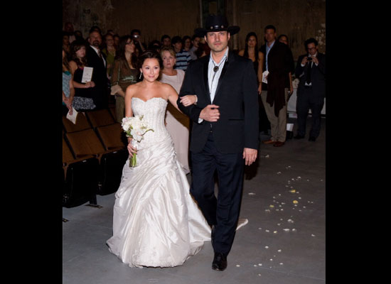 red carpet wedding alexa vega and robert rodriguez red