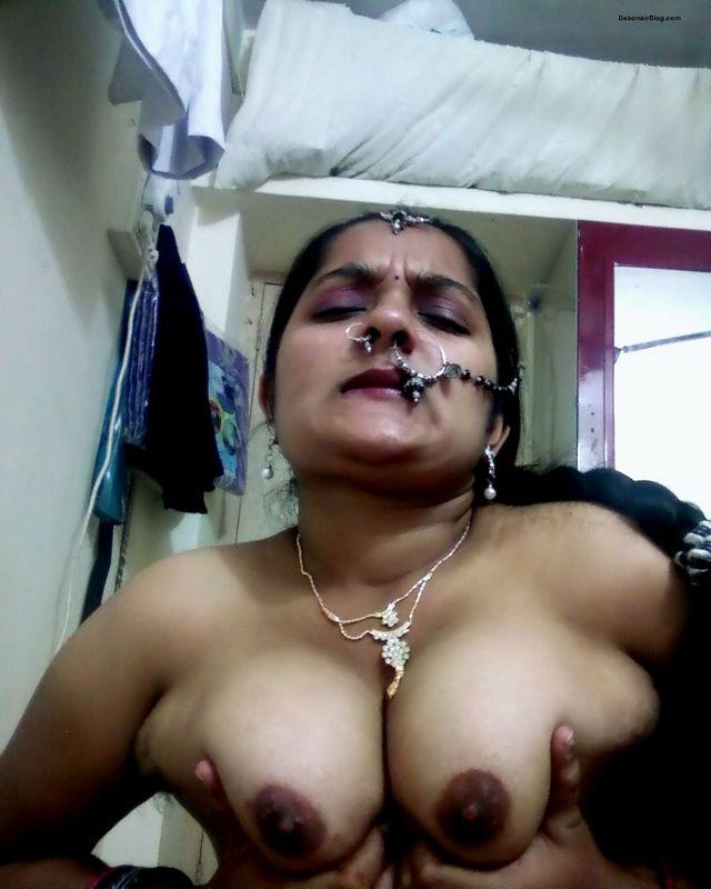 Mature cum filled pussy