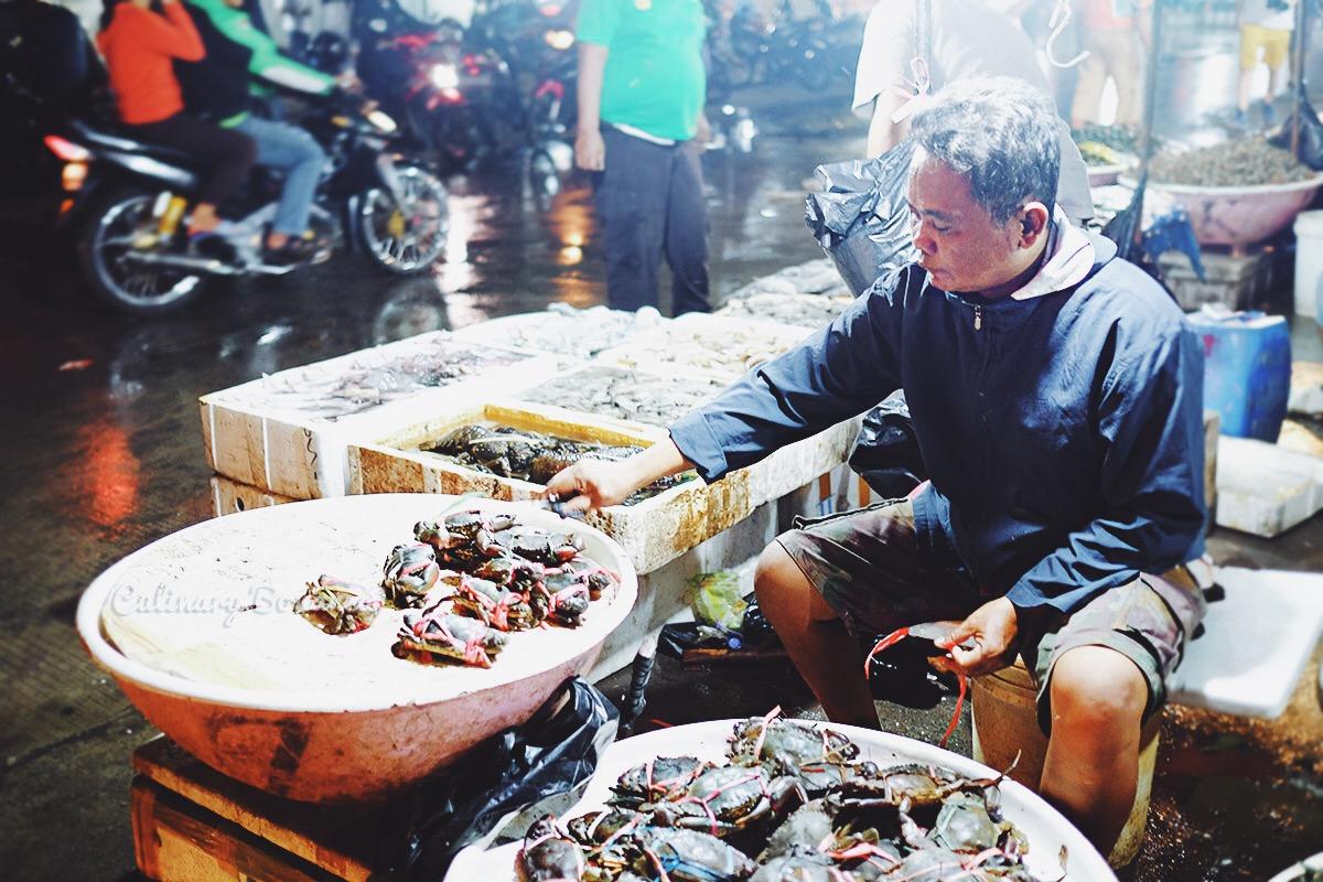 Pelabuhan Muara Angke (www.culinarybonanza.com)