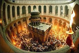 Fogo Santo no Santo Sepulcro - Jerusalém
