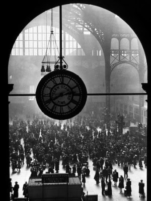 Farewell to Servicement, Penn Station, New York City (Alfred Eisenstaedt)