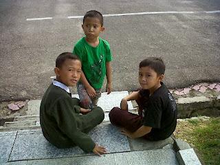 anak berbakti