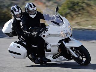 2013 Moto Guzzi V7 Stone motorcycle photos 3