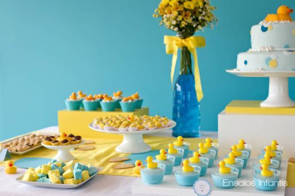 decoracao festa infantil azul e amarelo:Coisas da Lívia: Festa de aniversário Azul e amarelo
