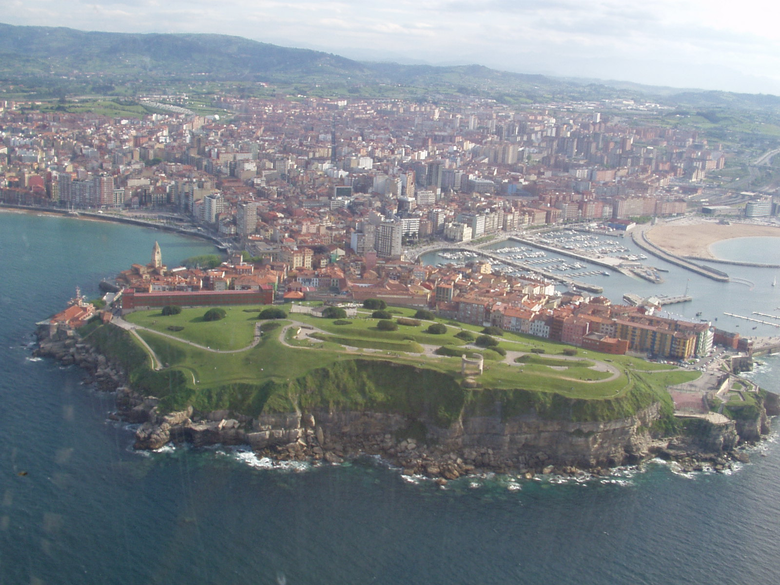 Asturias patria querida imagenes gijon asturias - Puerto de gijon empleo ...