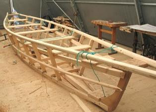 building wooden boats is now a fairly easy construction