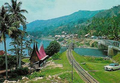 Tempat Wisata di Kawasan Pulau Sumatera