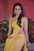 Aksha pardasany latest hot pics-thumbnail-17